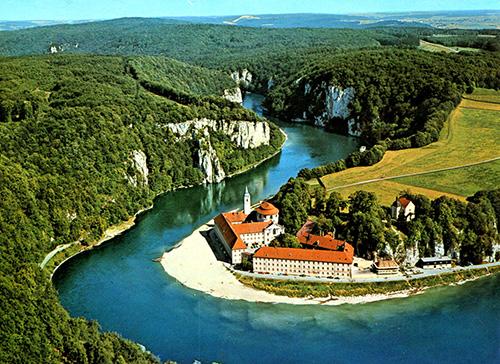 Turizmus Online - Uralkodók nyomában a Duna mentén